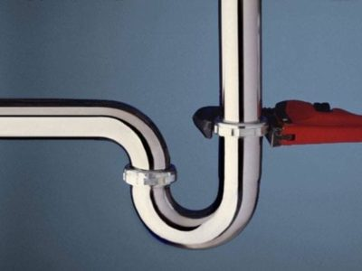 Top 4 Features of a Good Plumber