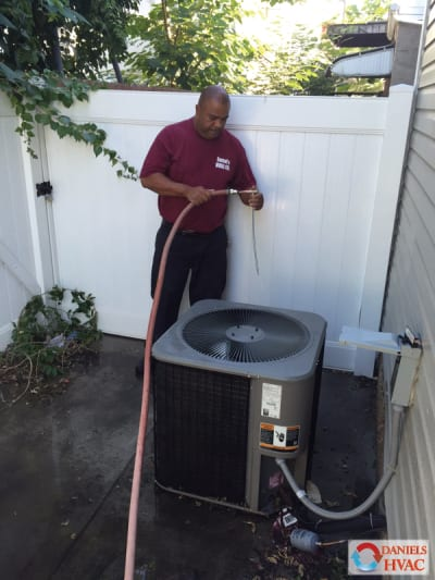 Routime Service - AC repair philadelphia, AC service, AC maintenance, AC replacement and AC installation services in Philadelphia